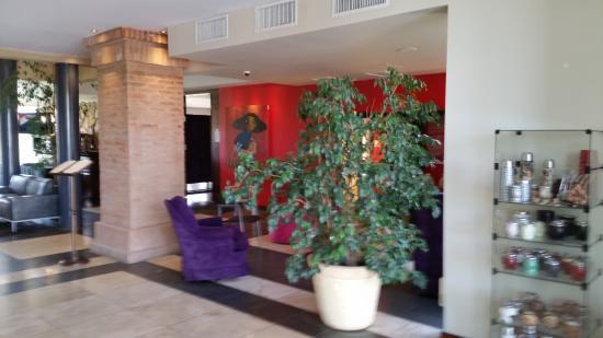Regency Park Hotel + Spa: hall entrada