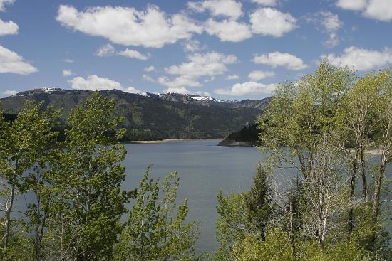 Swan Valley, ID: Palisades Reservoir offers 10 square miles for all aquatic activities