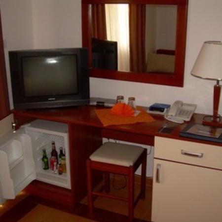 Garni Hotel Fineso: Habitacion principal