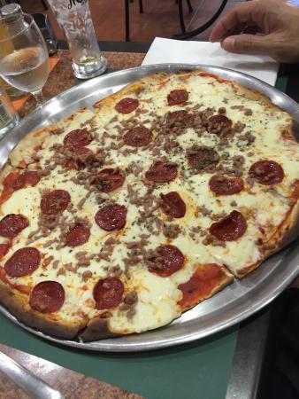 Solocomo Pizzeria Photo