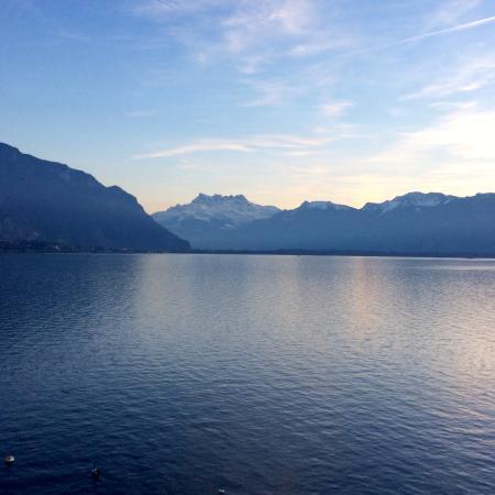 Wunderschöne Aussicht auf den Genfersee