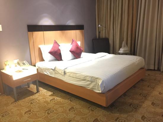 Greenhills Elan Hotel Modern: photo0.jpg