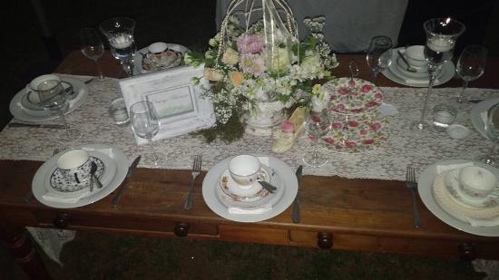 Lastingham Guest Lodge : Table decorations