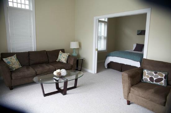 Bella Vita Spa + Suites: Butler Street Flat B
