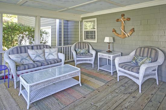 Bella Vita Spa + Suites: Woodbrook