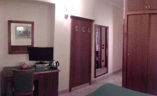 Hotel Sonya: Стандартный двухместный номер