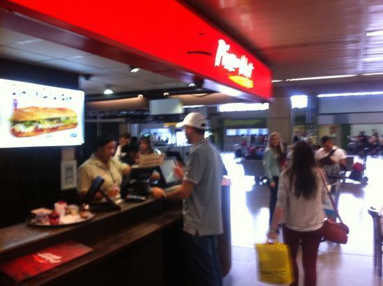 2fa3cc8373d loja - Picture of Pizza Hut - Shopping Internacional de Guarulhos ...