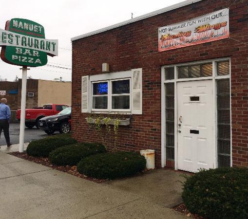 Nanuet (NY) United States  City new picture : Nanuet Restaurant Bar Pie Picture of Nanuet Restaurant, Nanuet ...