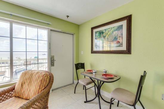 Ground Floor Beachfront Suite At Ft Myers Beach Fl Dining Table
