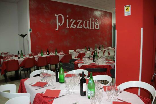 Pizzulia': Sala ristorante