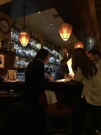 Absinthe Brasserie & Bar: Savor the flavor of good drinks!