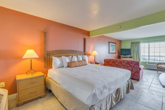 Beachfront Suite With One King Bed And
