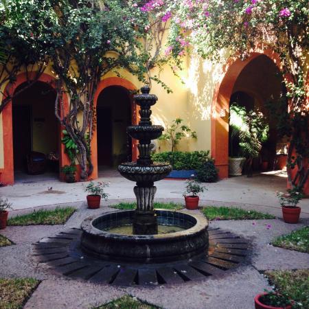 Hotel Machado: Meville Cortyard