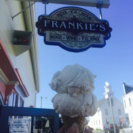 Frankie's Pizza and Ice Cream Parlor : photo0.jpg