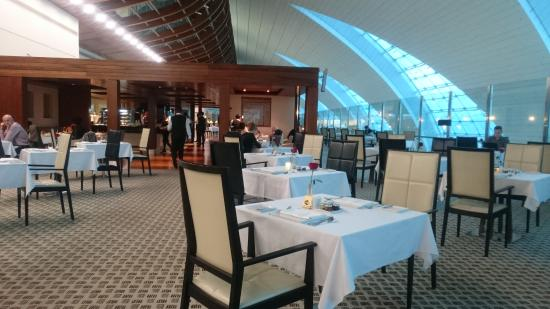 Emirates First Class Lounge: Dining Area In The Lounge (2)