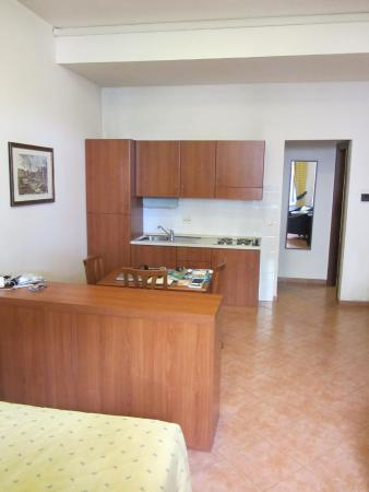 Residence San Pietro La Corte: Front room with Living/Dining/Kitchen Area