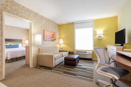 Home2 Suites By Hilton Gillette Hotel 2 Room Suite