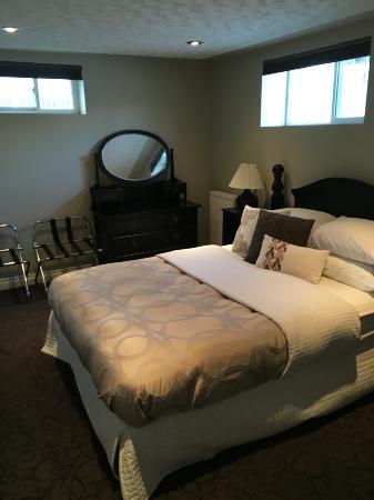 The White Brick Inn: bedroom