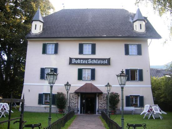 Doktorschlössl: Здание отеля