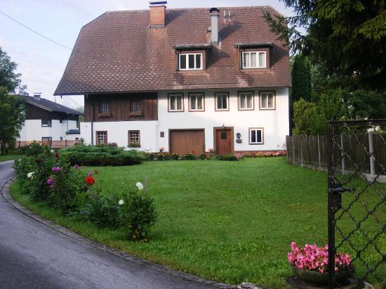 Doktorschlössl: Территория отеля
