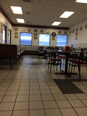 Cougar Den Restaurant