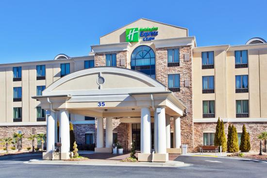 Photo of Holiday Inn Express & Suites Rome-East