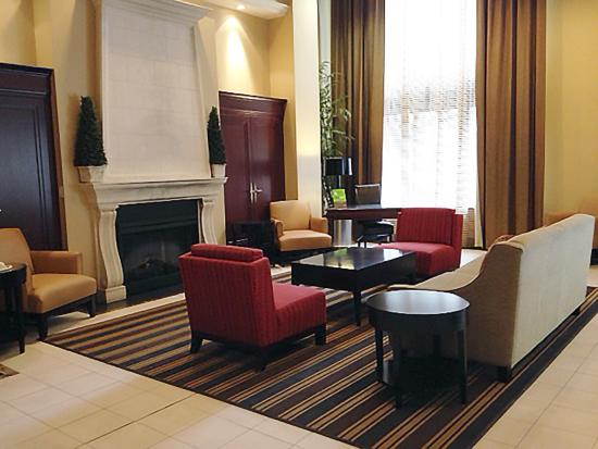 Extended Stay Canada - Ottawa: Lobby and Guest Check-in