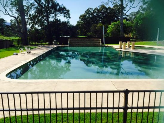 Glenmack Park: pool