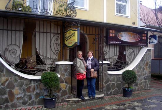 Mala Praha: Vstup do hotela