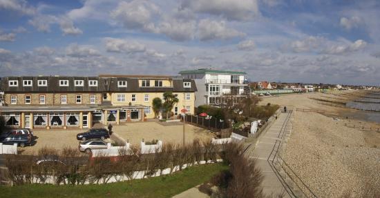 Felpham, UK: Hotel Front