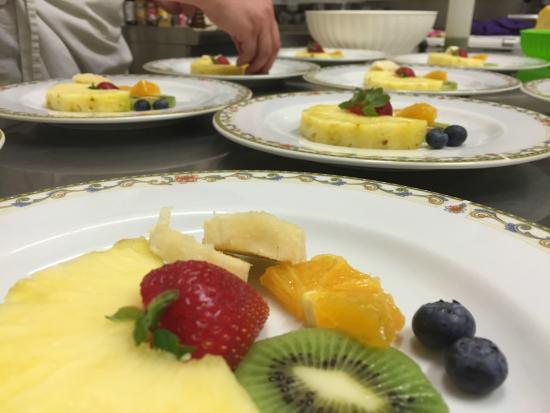 Conosciuto Composta di frutta Fresca al Piatto - Picture of BorgAntico, Capua  AN22