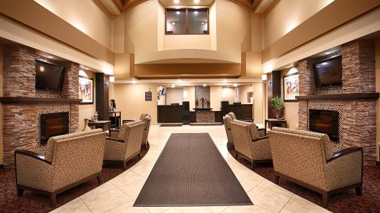 Best Western Plus South Edmonton Inn & Suites: Lobby