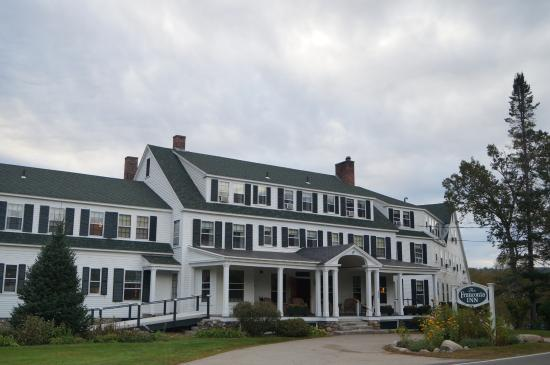 the beautiful frontage of the Franconia Inn