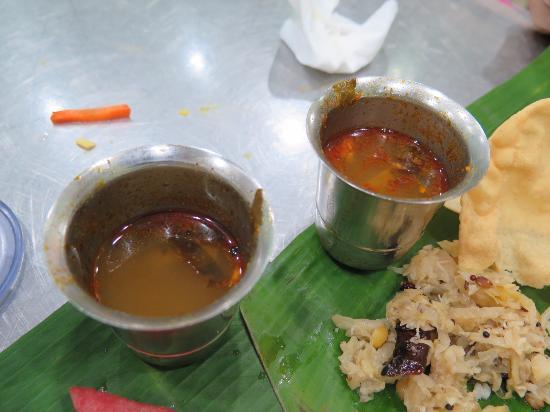 restoran saravanna: スープ