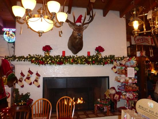 Elk Over Fireplace - Picture of The Cafe at Pinnacle Peak General ...