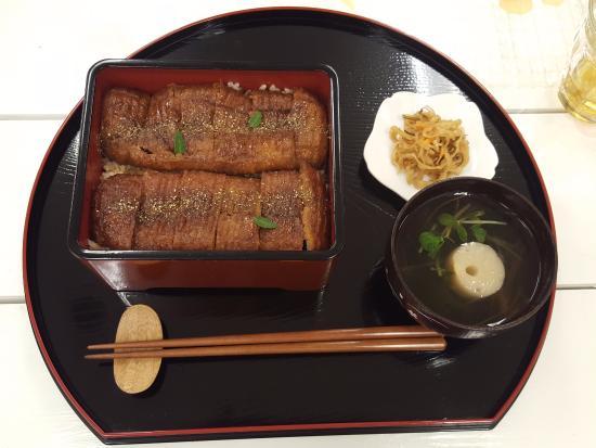 Loving Hut Jimbocho: vegan kabayaki
