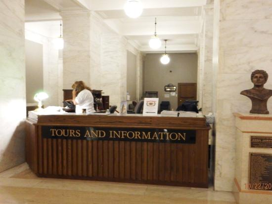 Charleston, WV: Tours and Information desk