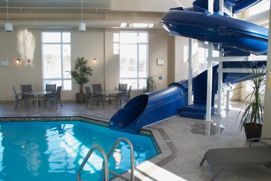 BEST WESTERN PLUS Bridgewater Hotel & Convention Centre: Pool