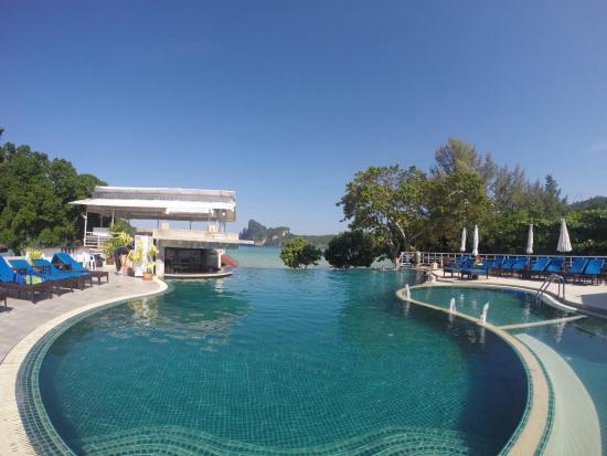 Pp Charlie Beach Resort Piscina