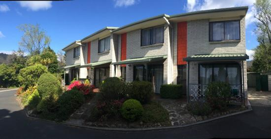 Photo of Davey Place Holiday Town Houses Hobart