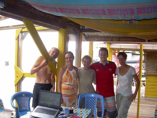 TioTomsGuesthouse: Compartiendo con grupo de Buceo