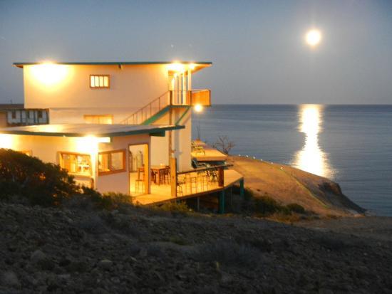 Baja Magic Lodge - Cedros Outdoor Adventures