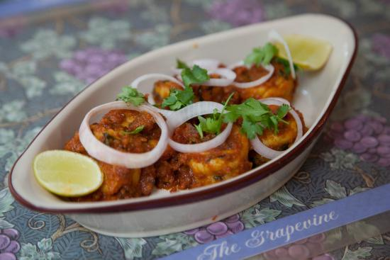 The Grapevine : Spicy Prawn Patia