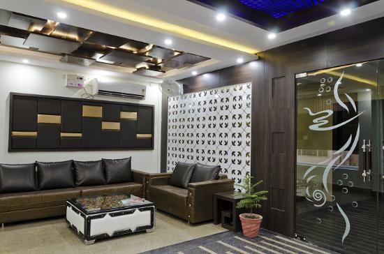 Hotel Aastha Palace