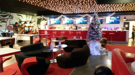 O' Bowling: Espace bar
