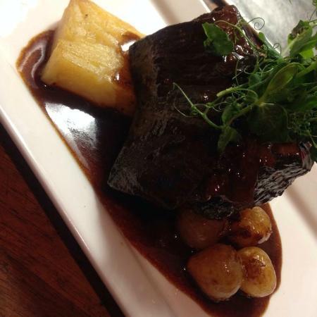 Jones' Cafe Bistro: beef short rib