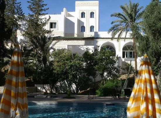 Bou-Saada, Algérie: Vue de la piscine