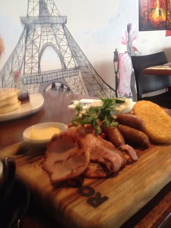 Rocksalt Bar & Restaurant: photo2.jpg
