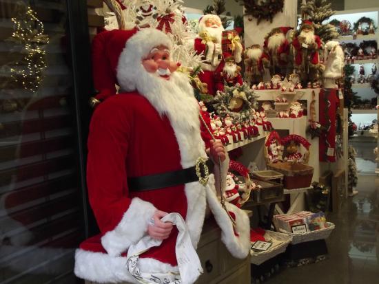 Articoli Natale.Negozio Di Articoli Di Natale Picture Of Rua Augusta