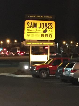 Photo of American Restaurant Sam Jones Barbeque at 715 W Fire Tower Rd, Winterville, NC 28590, United States